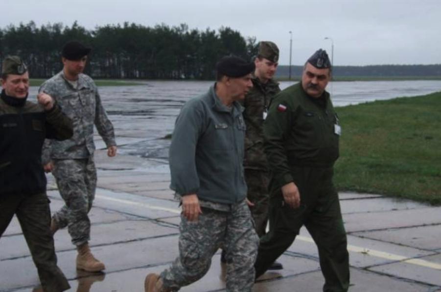 Spotkanie dwustronne USA-Polska w sprawie samolotów C-130 i F-16. Zdjęcie LAC