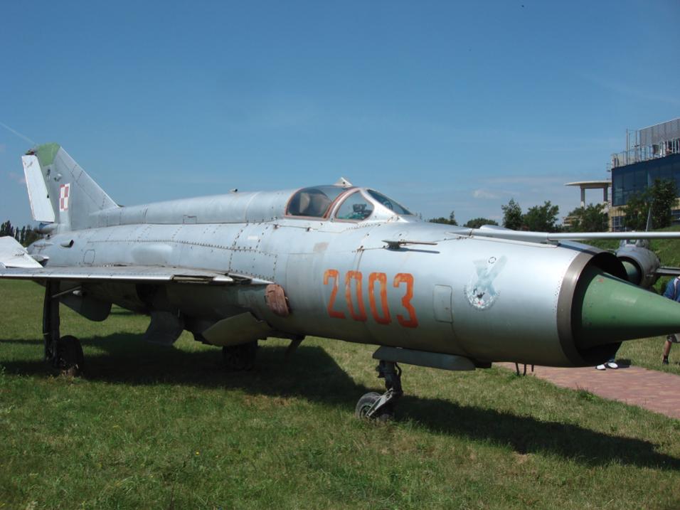 MiG-21 M nb 2003 w muzeum w Czyżynach. 2007 rok. Zdjęcie Karol Placha Hetman