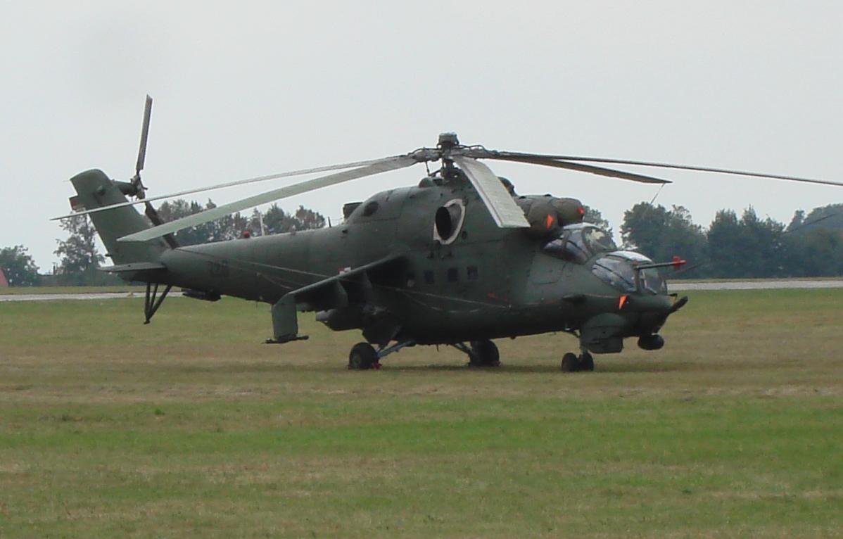 Mil Mi-24 Nb 728. 2007 rok. Zdjęcie Karol Placha Hetman
