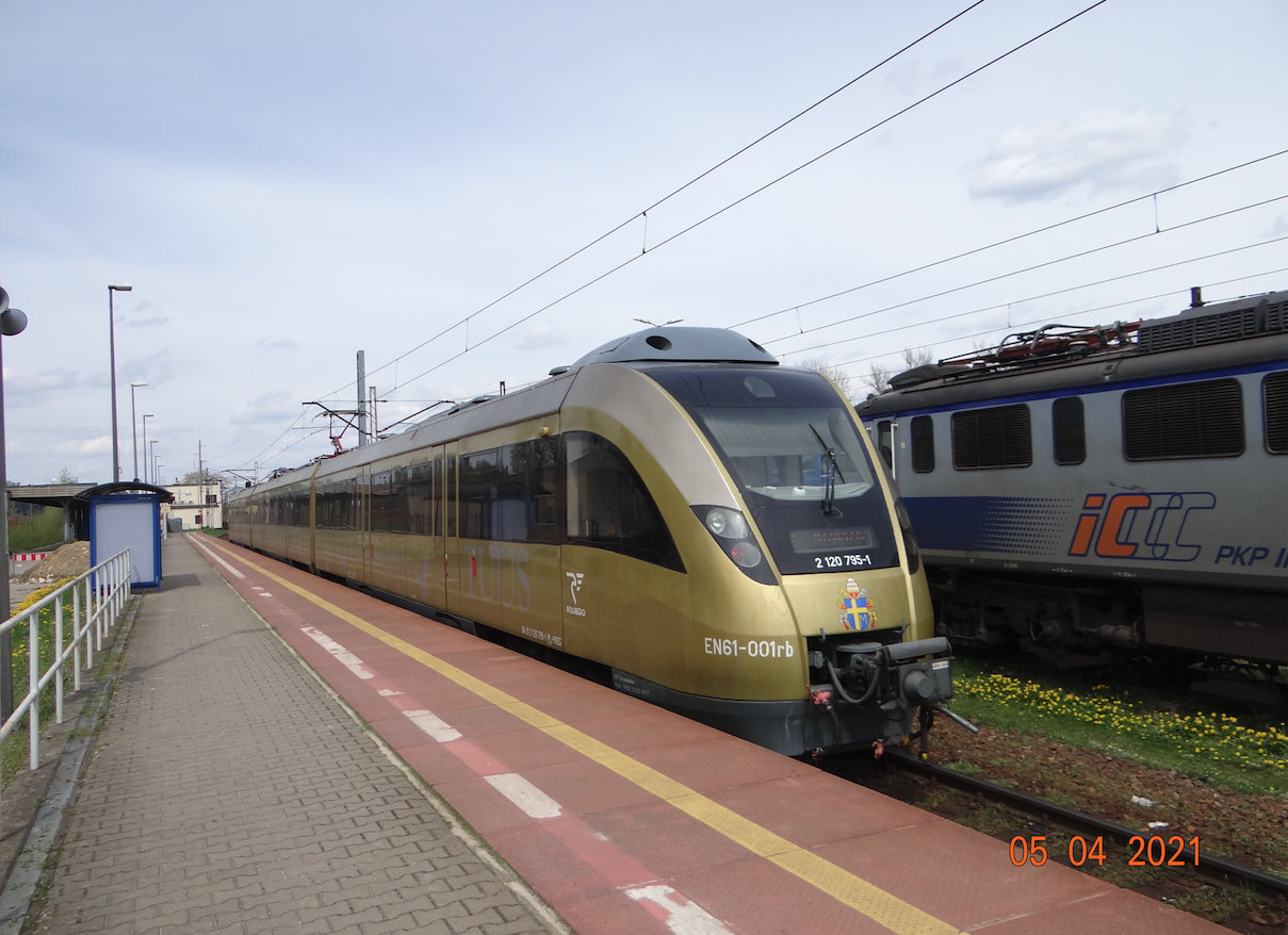 Papal Train EZT EN61-001, 14WE-07. 2021 year. Photo by Karol Placha Hetman