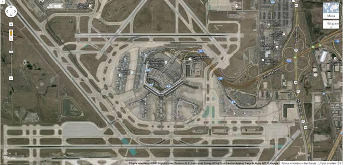 Ogólny widok terminali O'Hare 2013r. Zdjęcie Map Google