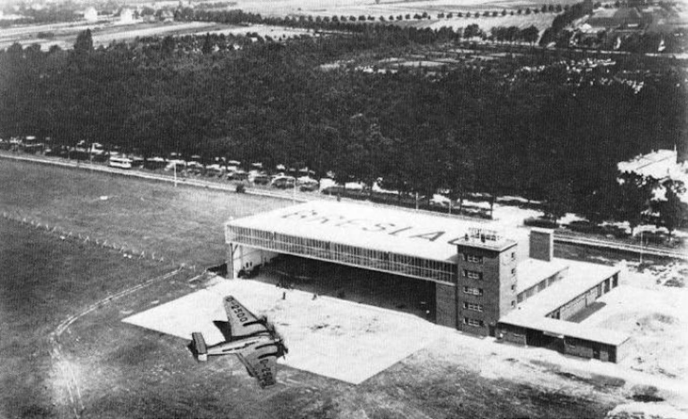 Gądów Mały airport. 1936. Photo of LAC