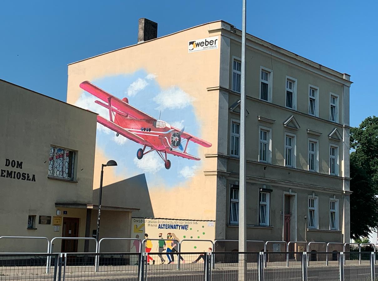 PZL An-2. Leszno Aleja Jana Pawła II. 2021 rok. Zdjęcie Karol Placha Hetman
