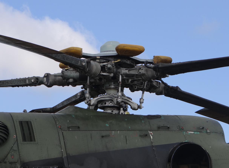 Głowica wirnika nośnego śmigłowca Mi-8. 2013 rok. Zdjęcie Karol Placha Hetman