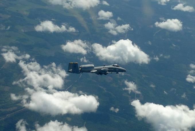 Fairchild A-10 Thunderbolt II nad Litwą 30.05.2012r.