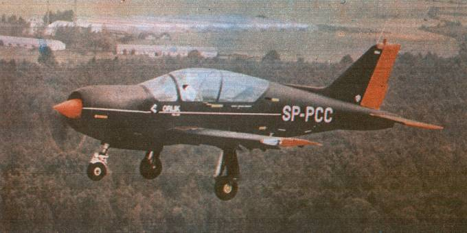 PZL-130 nr 004 rejestracja SP-PCC. 1985 rok. Zdjęcie LAC