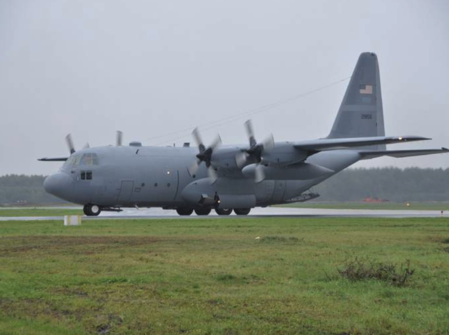 Lockheed C-130 nb 21856 during landing in Powidz, 2010-10-15. After a few days he received nb 1507. Photo by 33. BLTr