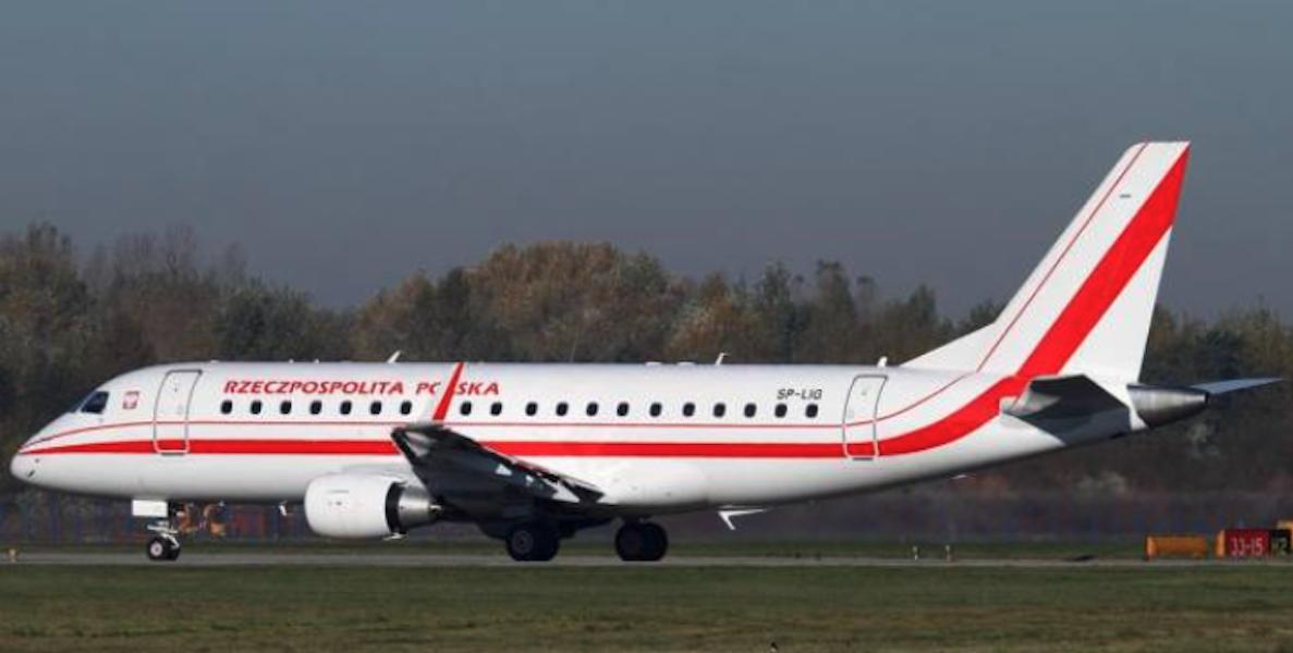Embraer 175 SP-LIG Okęcie 2010 rok. Zdjęcie Karol Placha Hetman