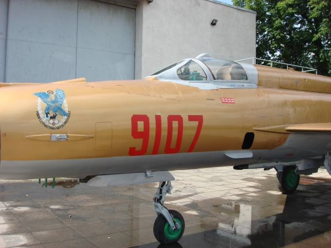 MiG-21 MF nr 969107 nb 9107. 2009 rok. Zdjęcia Karol Placha Hetman
