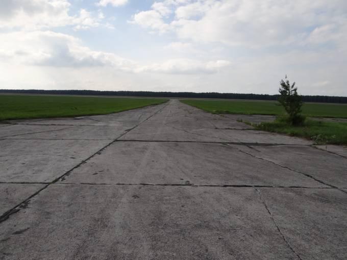Droga kołowania. Łącznica hangaru z DS. 2012r.