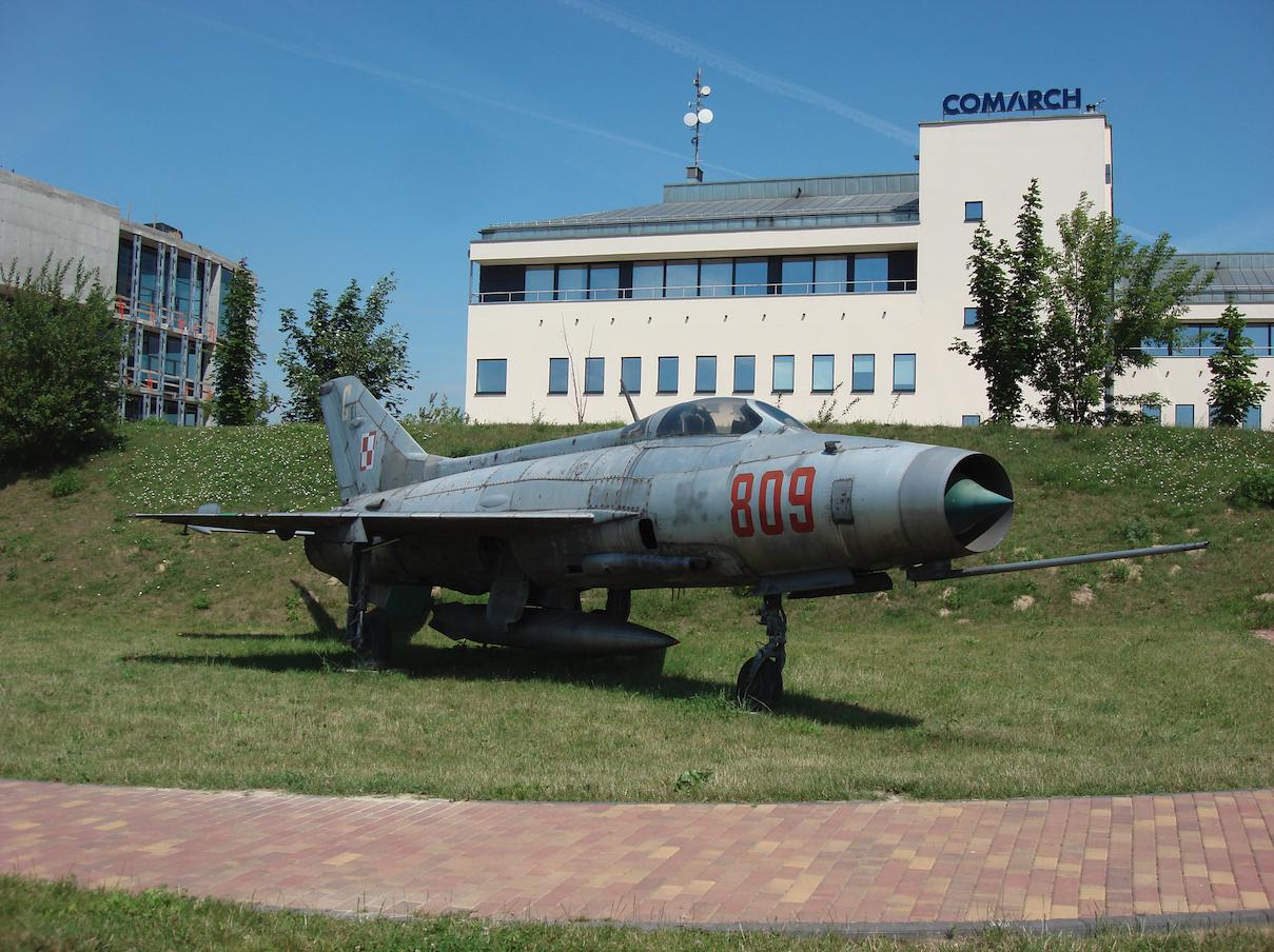 MiG-21 F-13 nb 809 nr 740809. Czyżyny 2007 rok. Zdjęcie Karol Placha Hetman
