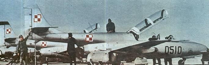 TS-11 Iskra nb 0510 na Lotnisku. 1980r.