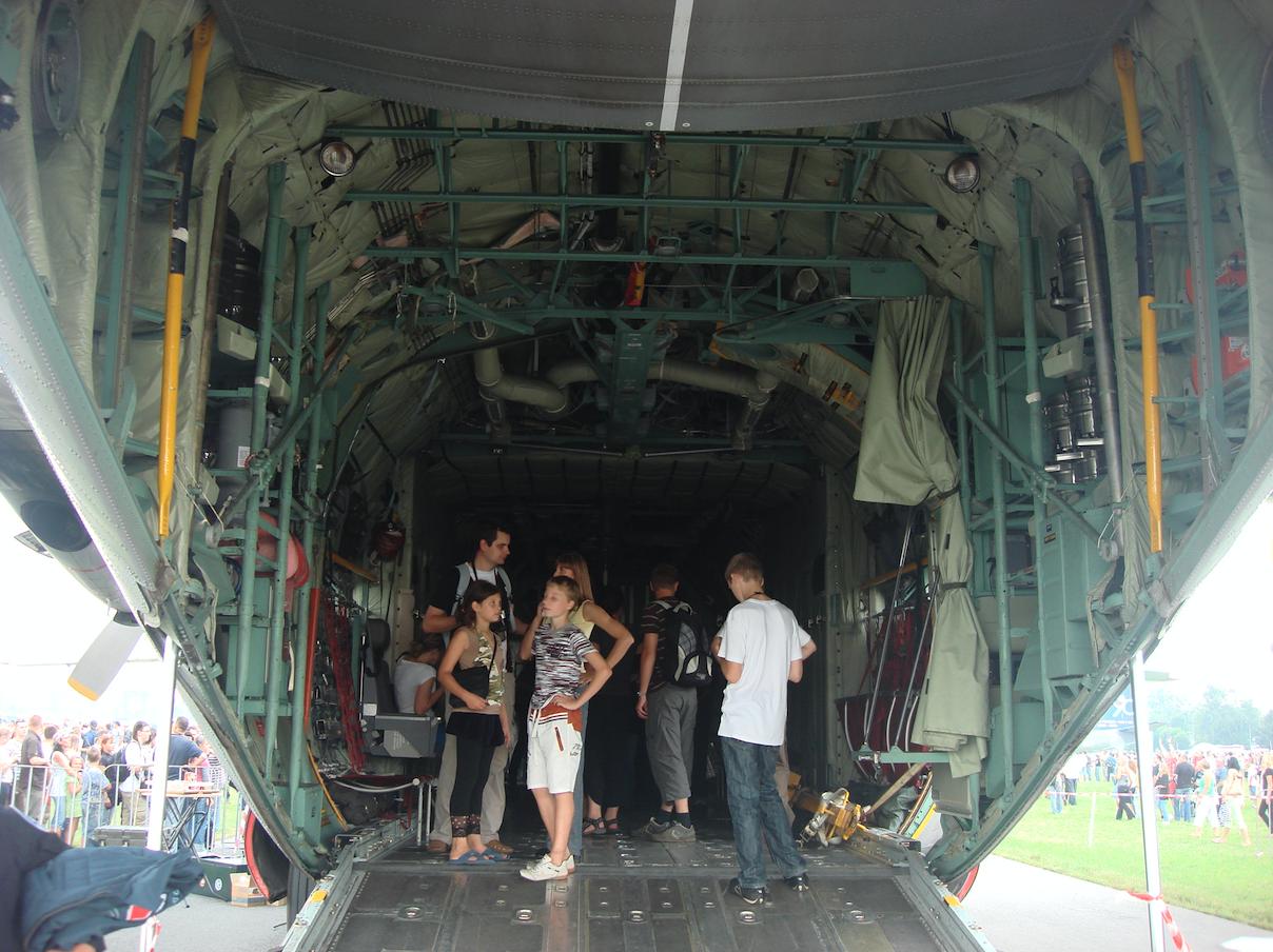 Lockheed C-130 Hercules nb CH-13. Belgium. 2009. Photo by Karol Placha Hetman