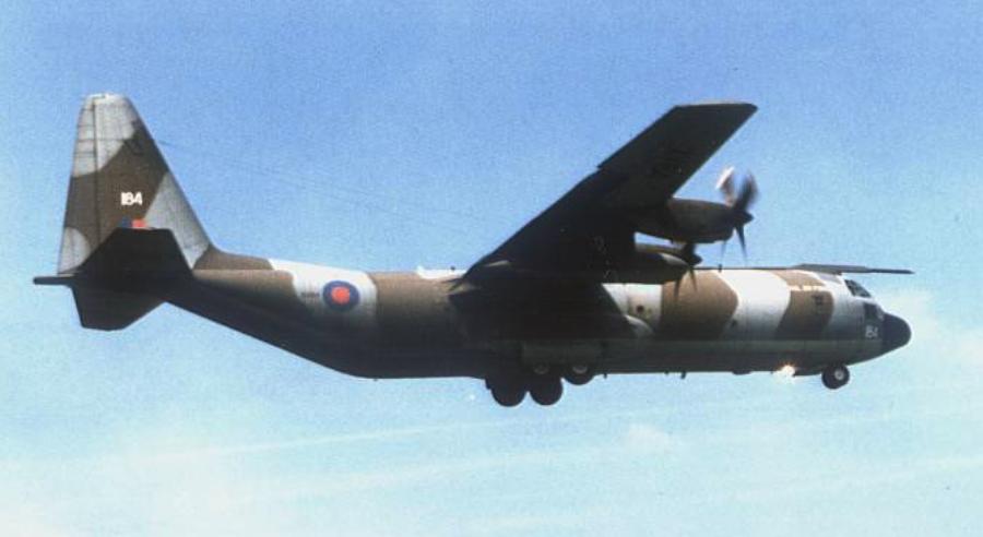 C-130 K-30 w locie. 2000 rok. Zdjęcie LAC