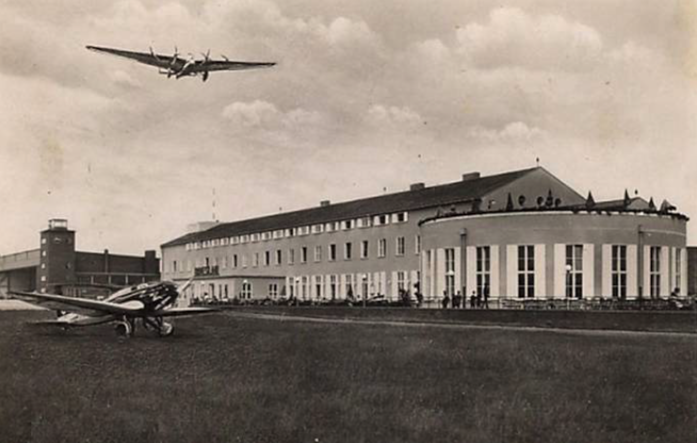 Gądów Mały airport. 1937. Photo of LAC