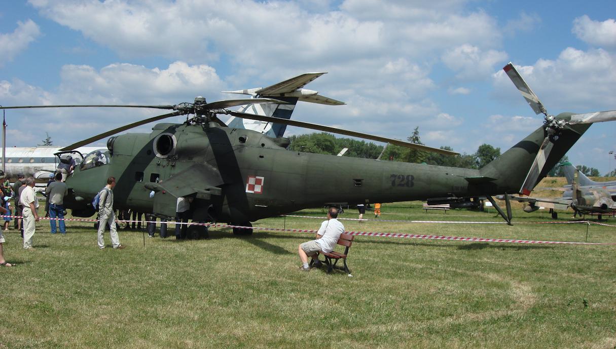 Mil Mi-24 Nb 728. 2008 rok. Zdjęcie Karol Placha Hetman