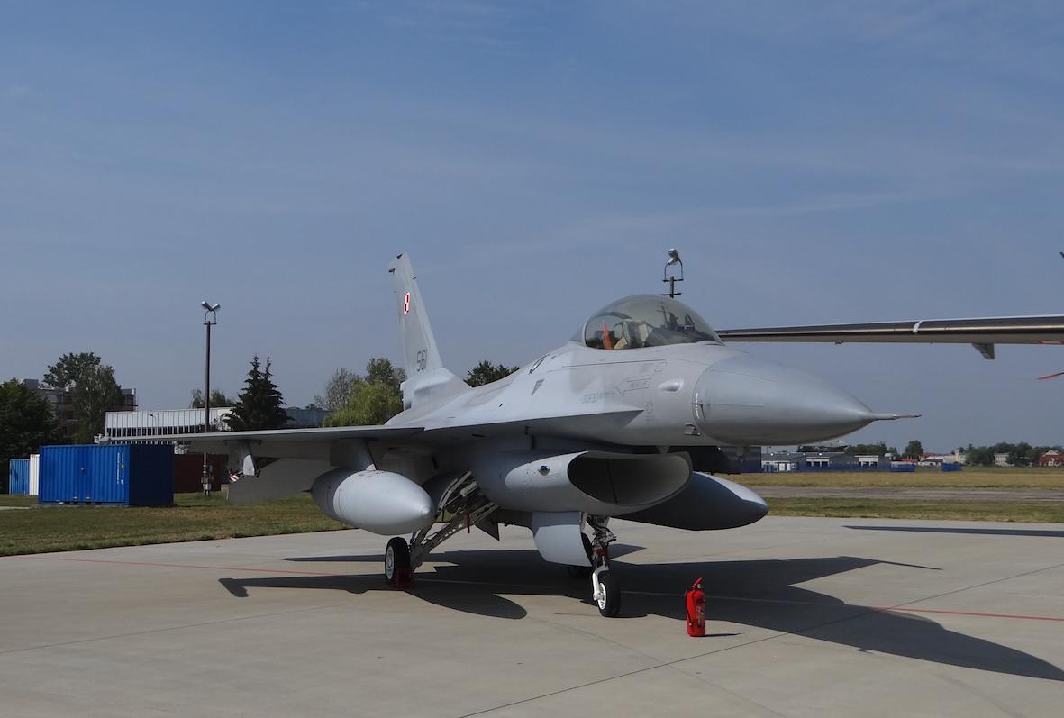 F-16 nb 561 ćwiczebny. 2017 rok. Zdjęcie Karol Placha Hetman