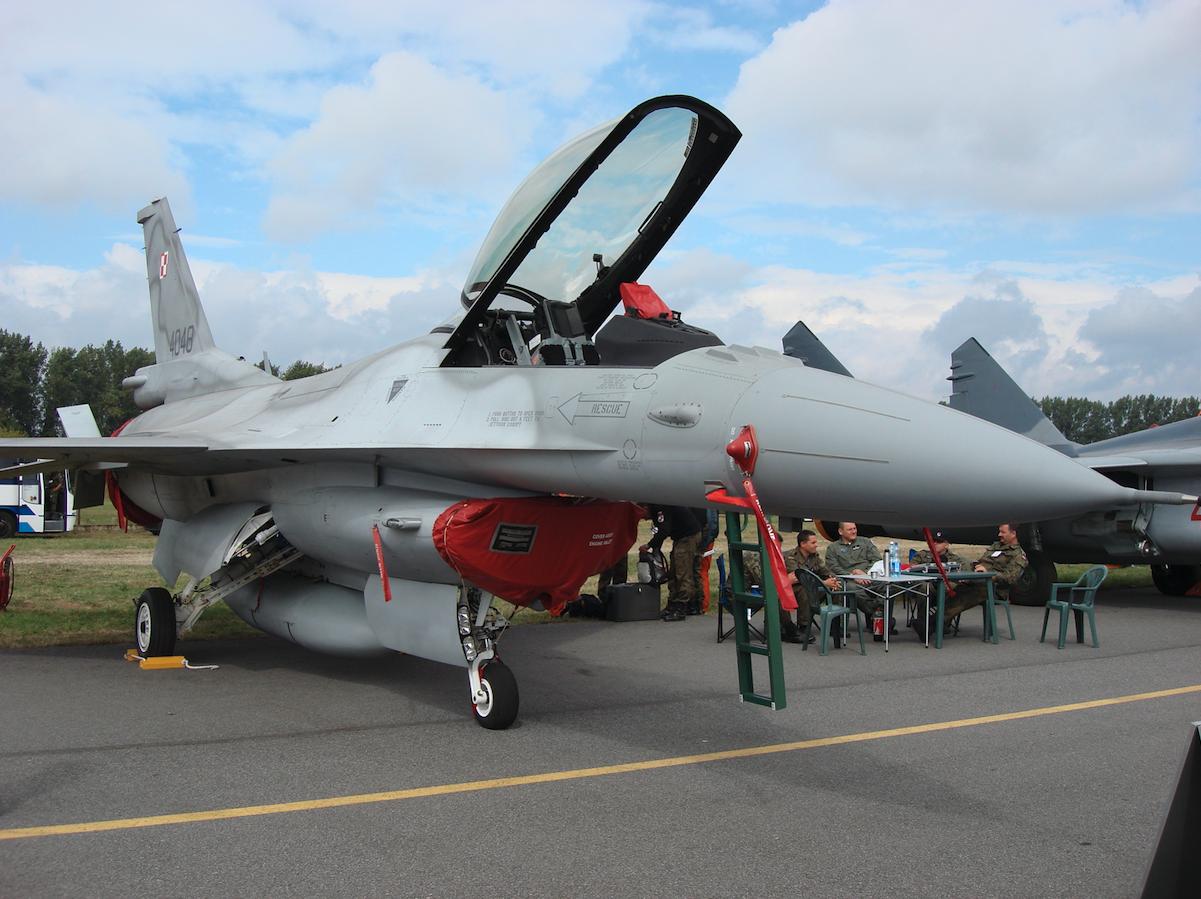 Lockheed Martin F-16 Jastrząb nb 4048. 2007 rok. Zdjęcie Karol Placha Hetman