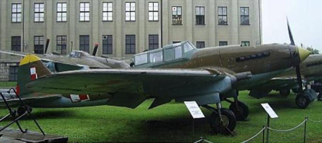 Ił-2m3 nb 21 2005. Photo Karol Placha Hetman