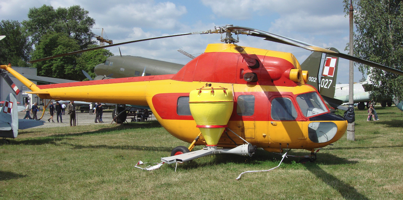 Mi-2 w wersji rolniczej. MLP Czyżyny 2008 rok. Zdjęcie Karol Placha Hetman