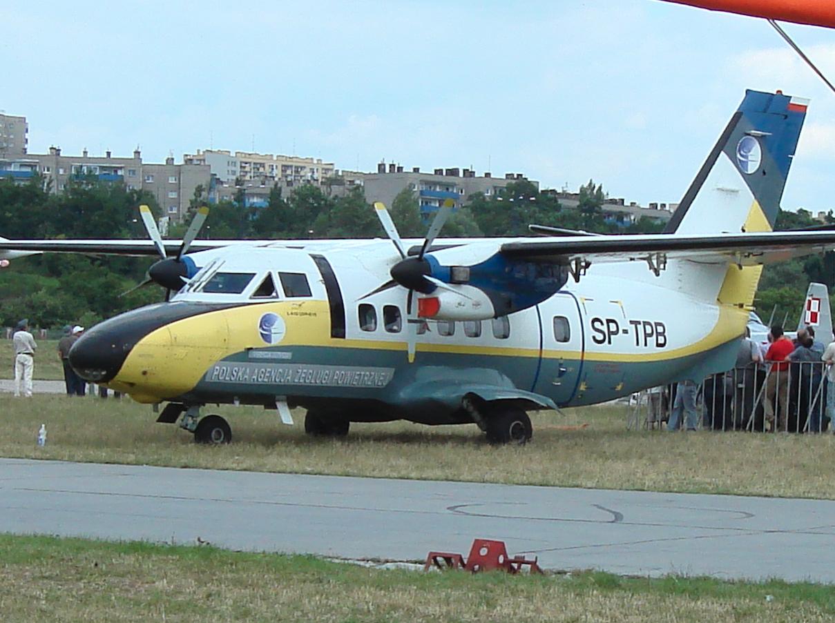Turbolet L-410, SP-TPB, Polska Agencja Żeglugi Powietrznej. 2007 rok. Zdjęcie Karol Placha Hetman