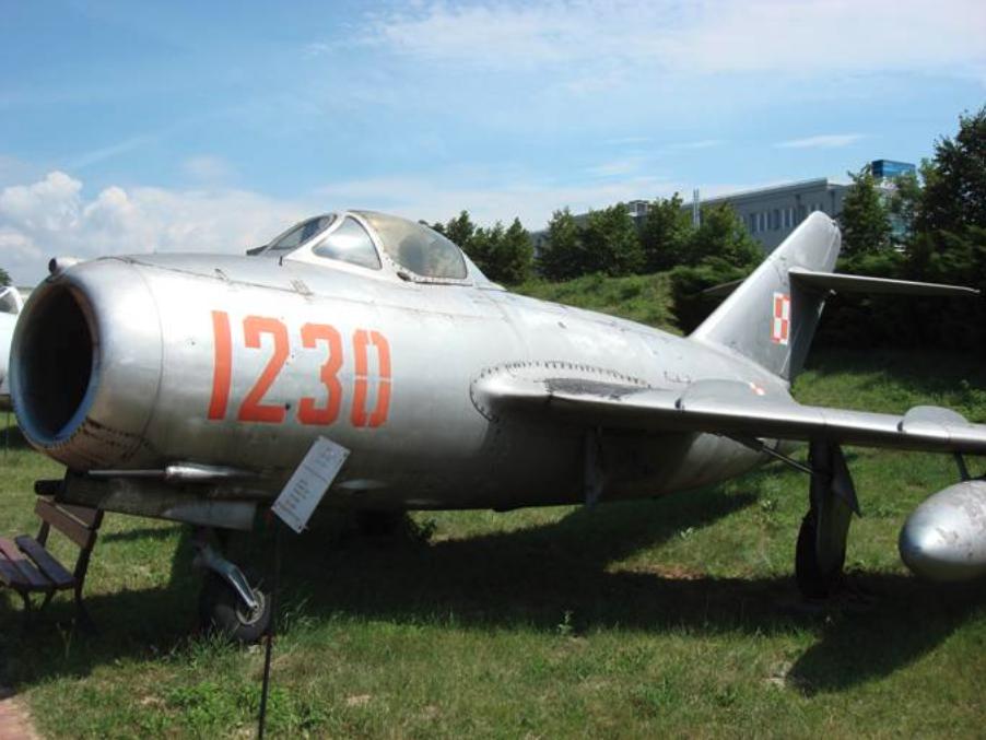 Lim-2 nb 1230 Muzeum Lotnictwa Polskiego Czyżyny 2007 rok. Zdjęcie Karol Placha Hetman