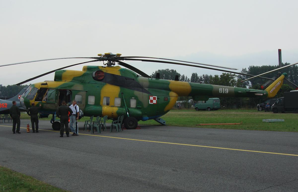 Mi-8 PS nb 619. 2009 rok. Zdjęcie Karol Placha Hetman