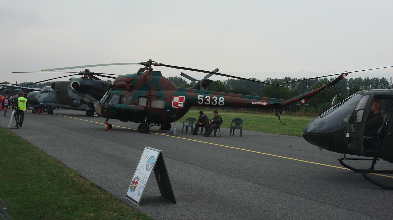 PZL Mi-2 nb 5338 wojska lotnicze Polska. 2009 rok. Zdjęcie Karol Placha Hetman