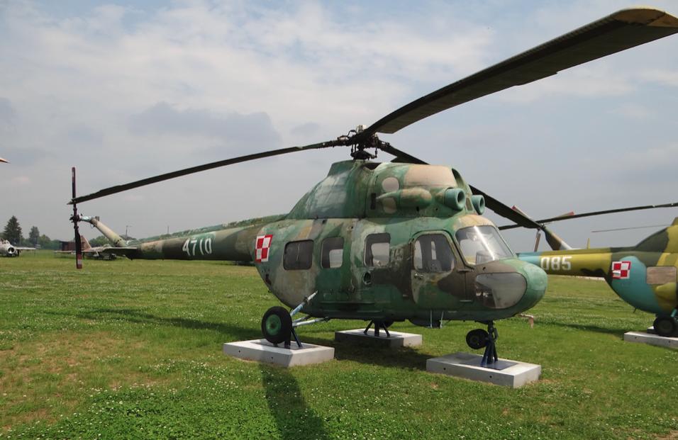 PZL Mi-2 nb 4710 Wojska Polskiego wycofany ze służby. 2012 rok. Zdjęcie Karol Placha Hetman