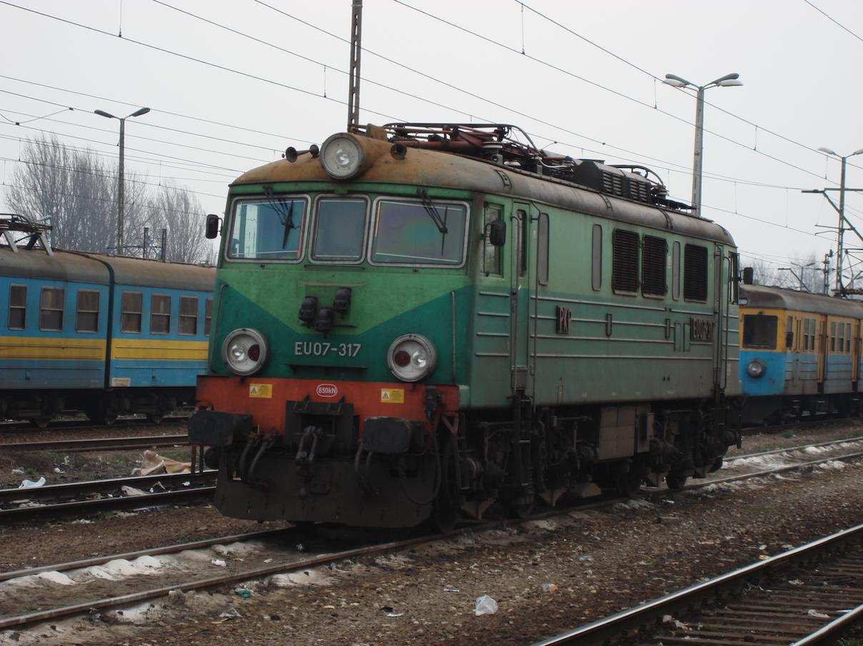 EU07-317, type 303E. 2007. Photo by Karol Placha Hetman