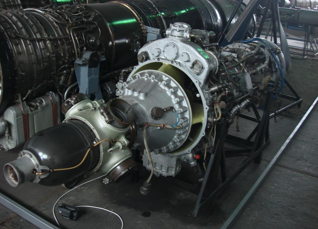 Silnik AI-24 z samolotu An-26. Zdjęcie Karol Placha Hetman