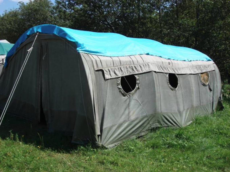 Polski namiot wojskowy typu NS 64. 2008 rok. Zdjęcie Karol Placha Hetman
