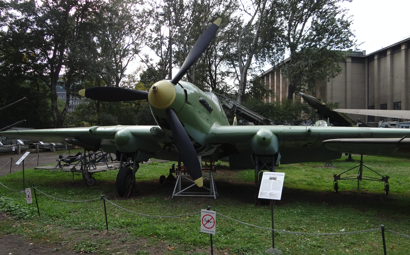 Ił-2m3 nb 21 2012. Photo Karol Placha Hetman