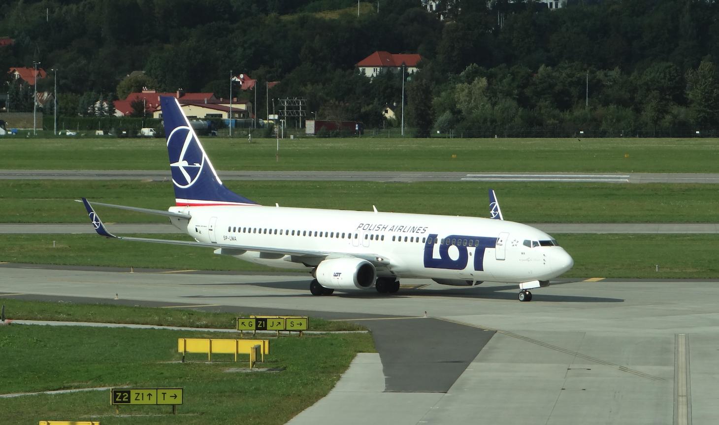 Boeing B-737-800, SP-LWA. 2019 year. Photo by Karol Placha Hetman