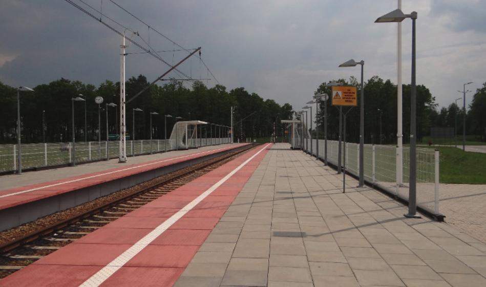 Stacja kolejowa przy terminalu Portu Lotniczego Lublin w Świdniku. 2016 rok. Zdjęcie Karol Placha Hetman