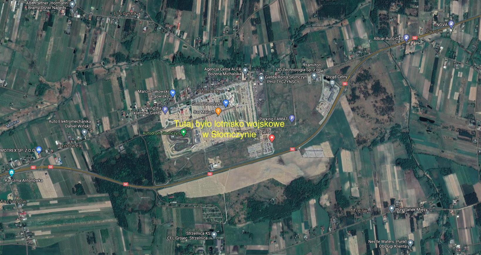 Byłe lotnisko w Słomczynie. 2021 rok. Zdjęcie satelitarne
