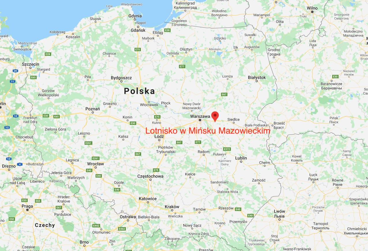 Lotnisko Mińsk Mazowiecki na mapie Polski. 2010 rok. Zdjęcie LAC
