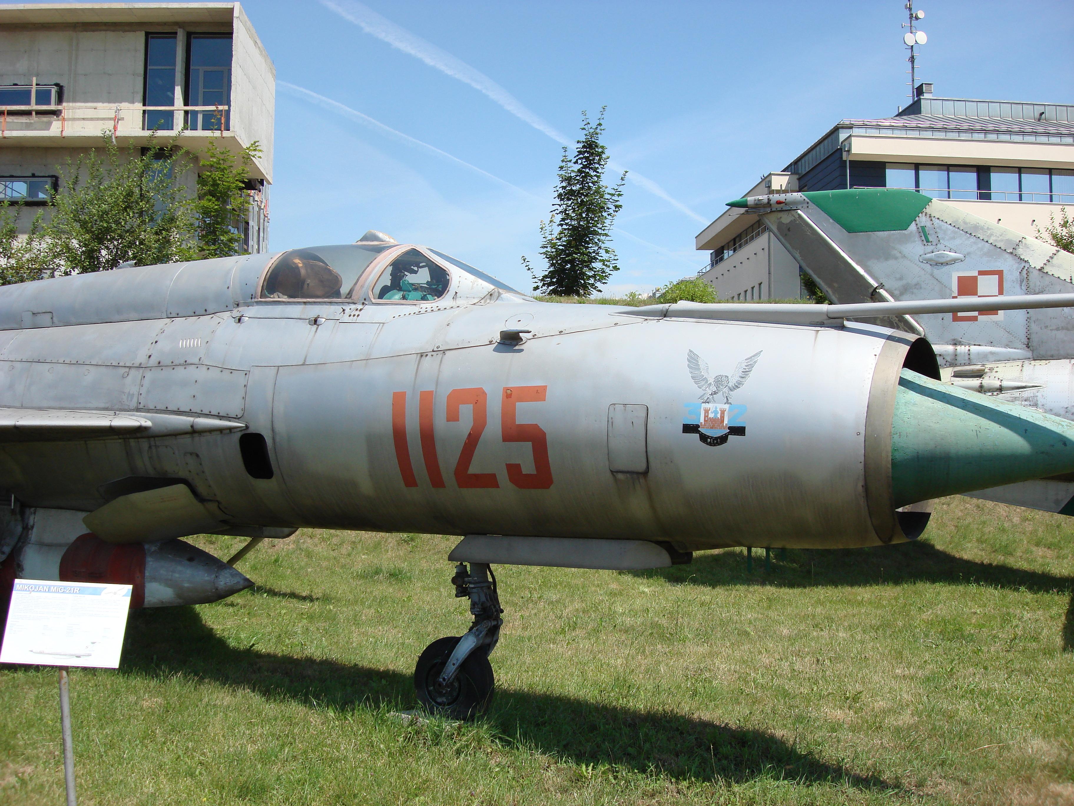 MiG-21 R nb 1125. Czyżyny 2007 rok. Zdjęcie Karol Placha Hetman