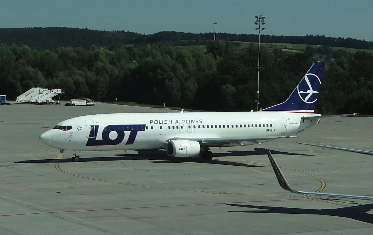 Boeing B.737-400 registration SP-LLF. Balice 2012. Photo by Karol Placha Hetman