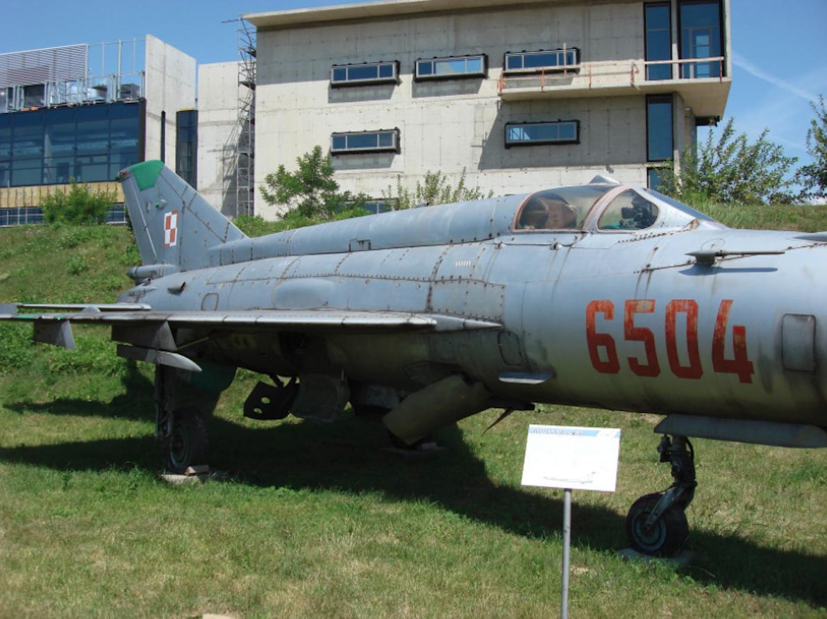 MiG-21 MF nb 6504. Czyżyny 2007 rok. Zdjęcie Karol Placha Hetman