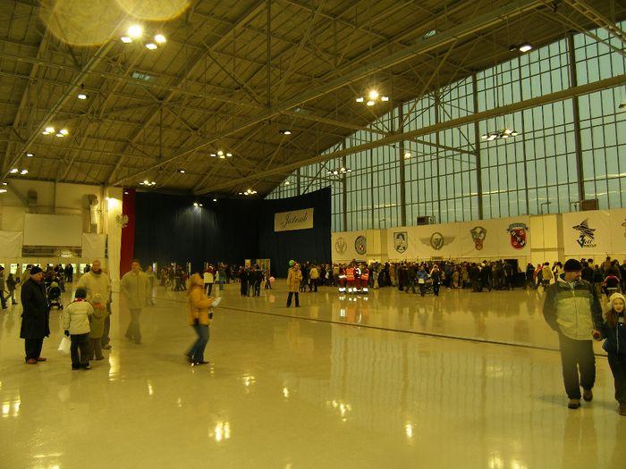 Wnętrze Hangaru Nr 1, podczas dnia otwartego. 2006r.