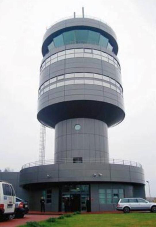 Wieża Kontroli Lotów, Lotnisko Goleniów. 2009 rok. Zdjęcie LAC