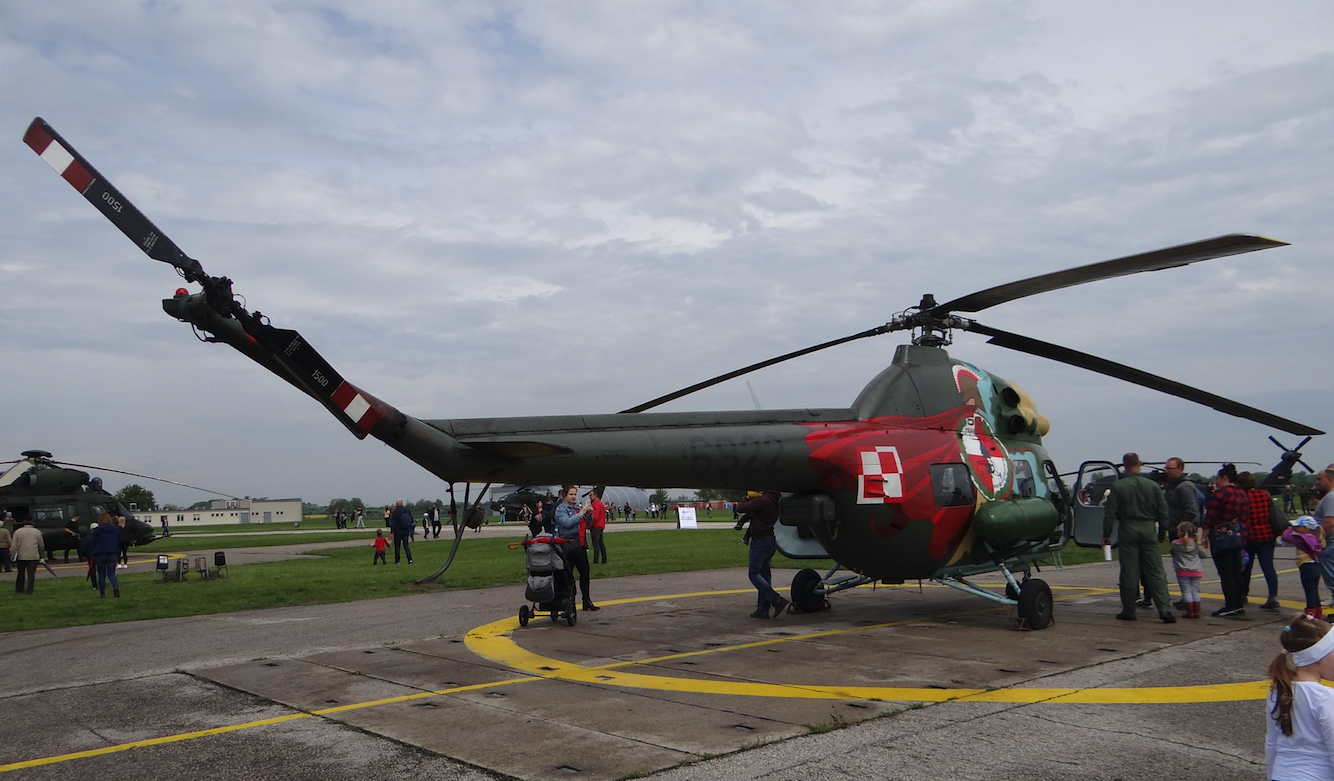 PZL Mi-2 nb 6922 in occasional painting. Inowrocław. 2019. Photo by Karol Placha Hetman