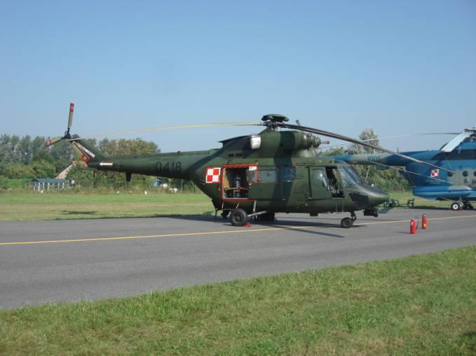 W-3 Sokół nb 0418 Radom 2011r. Śmigłowiec ten służył w Nowym Mieście nad Pilicą do 2000r.