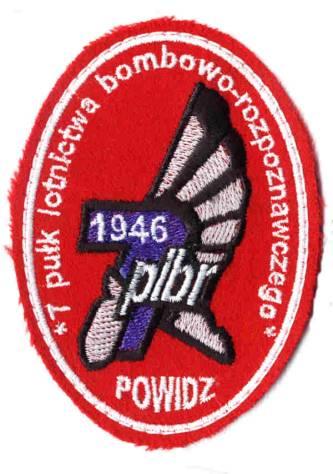 Na samolocie Su-20 nb 4242 na usterzeniu słabo już widoczne godło 7 Pułku Lotnictwa Bombowo-Rozpoznawczego.