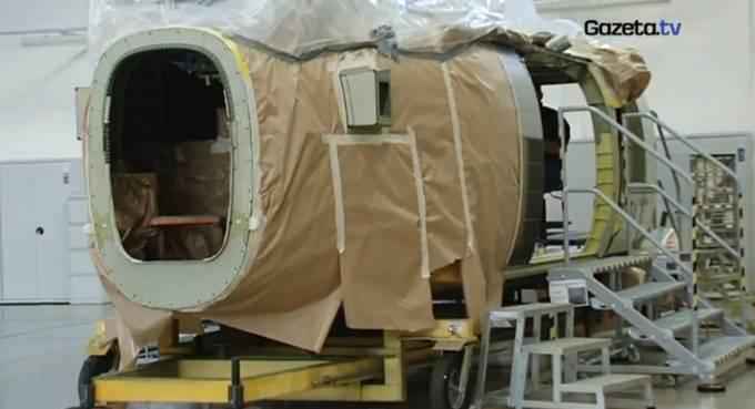 Pierwsza kabina Black Hawk podczas budowy w Mielcu. 2009r.