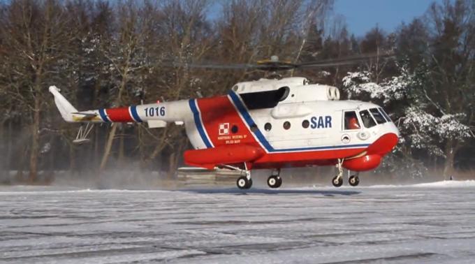 Mi-14 PS Nr A1016 Lotnisko Darłowo 2010r. Zdjęcie LAC.