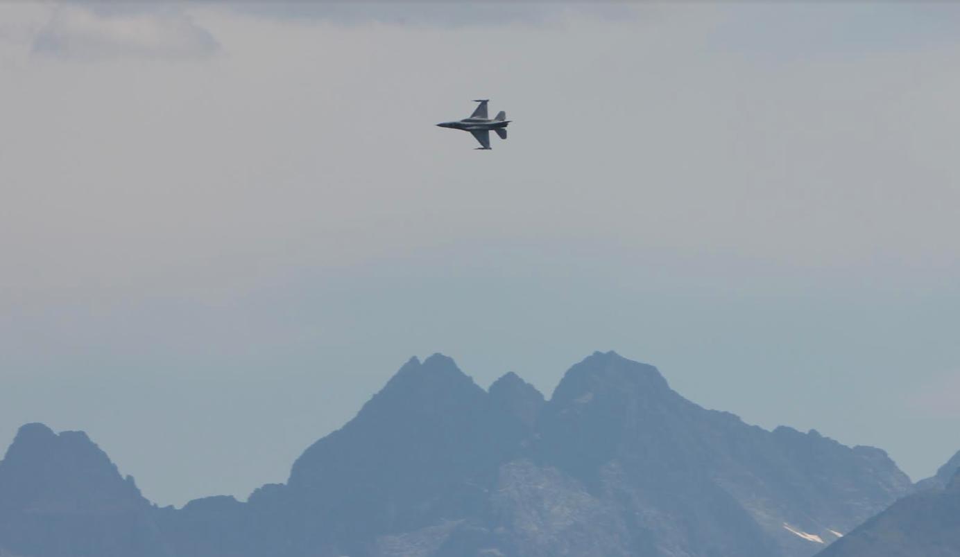 F-16 Jastrząb nb 4041. Nowy Targ 2019 rok. Zdjęcie Waldemar Kiebzak