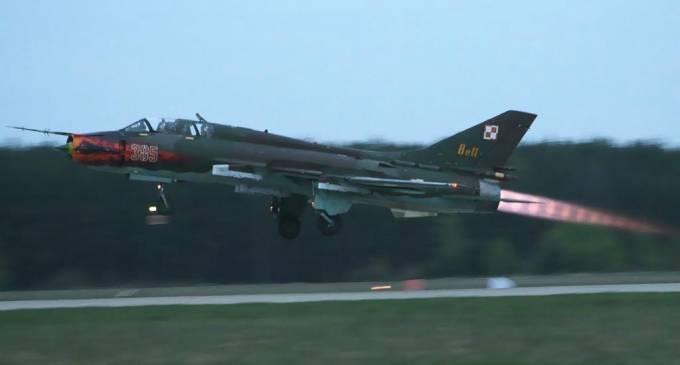 Su-22 U nb 305 już z wizerunkiem dzika. 2001r.