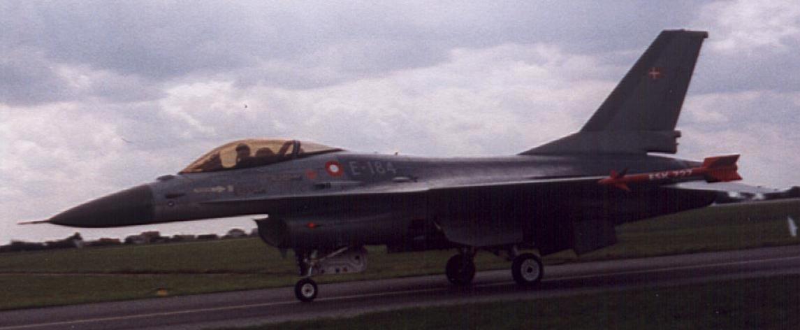 F-16 MLU Dania. 2005 rok. Zdjęcie Karol Placha Hetman